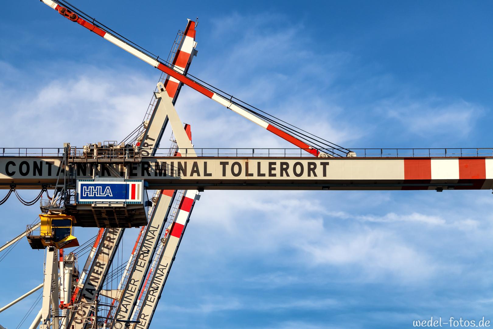 Kran am Containerterminal Tollerort