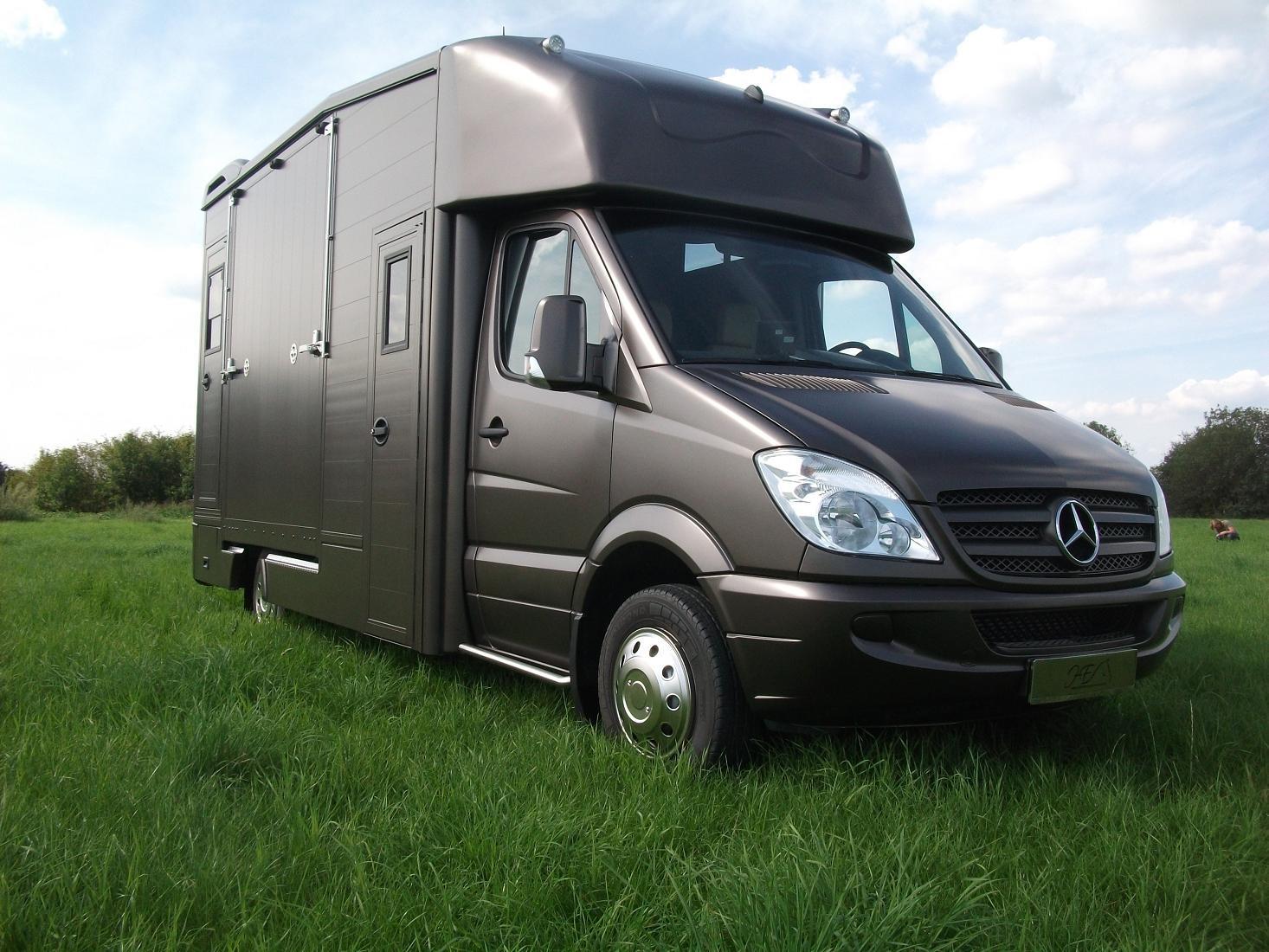 mercedes benz sprinter 519 superior class. Black Bedroom Furniture Sets. Home Design Ideas