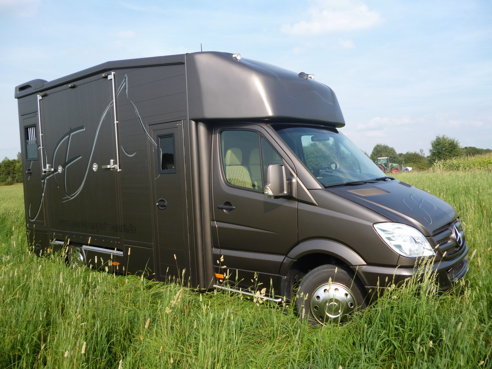 mercedes benz sprinter 519 superior class. Black Bedroom Furniture Sets. Home Design Ideas