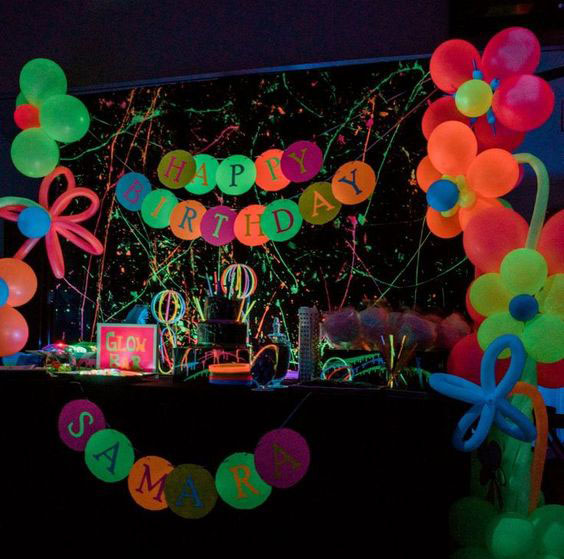 decoracion fiesta tematica neon