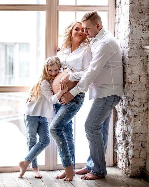 sesión de fotos embarazo en familia
