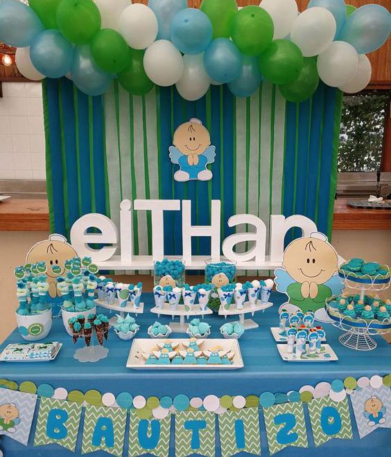 como hacer una mesa de dulces para bautizo de niño