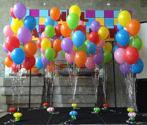 globos con helio en bouquets