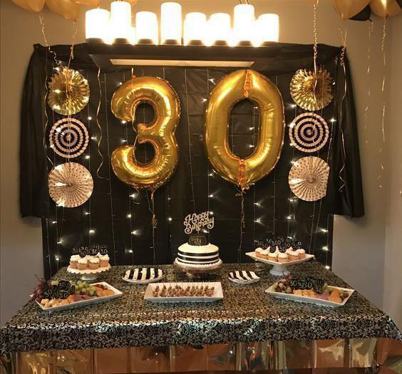 cumpleaños 30 años dorado