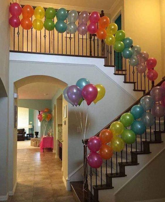 adorno de globos para cumpleaños en casa