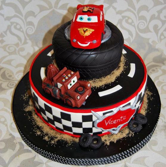pastel de fiesta cars