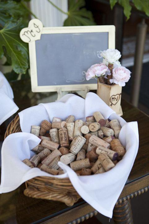 decorar una boda con corchos