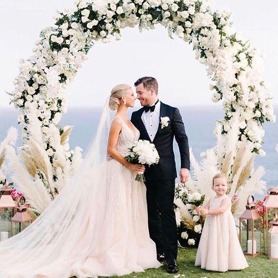 decoracion con arcos para boda
