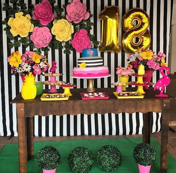 flores de papel para cumpleaños