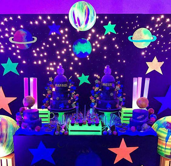 fiesta tematica neon