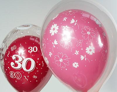 como meter globos en otro globo