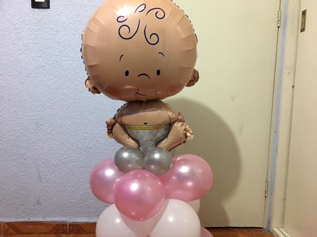 Centro de mesa con globos para baby shower decoracion for Centro de mesa baby shower