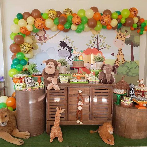 mesa de dulces fiesta de la jungla