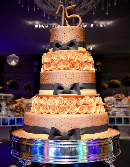 pasteles para quince años modernos