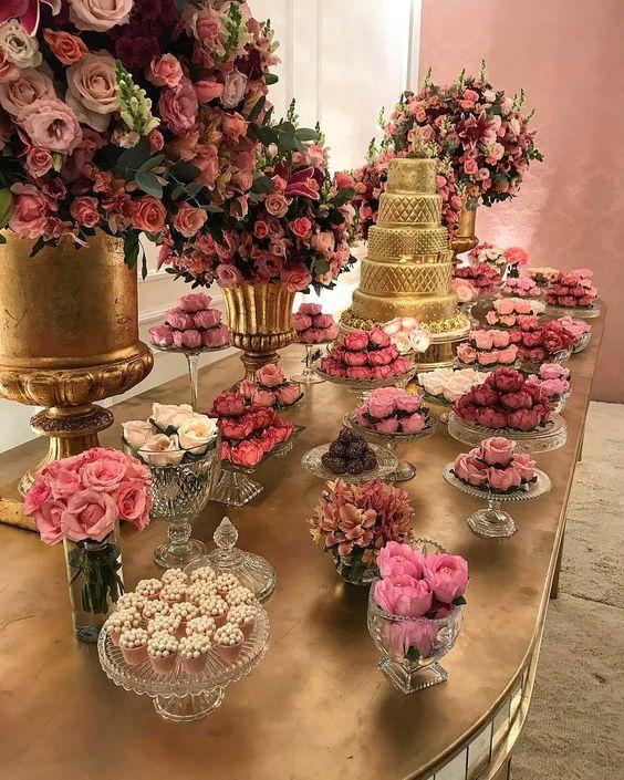mesa de dulces elegante para quince años