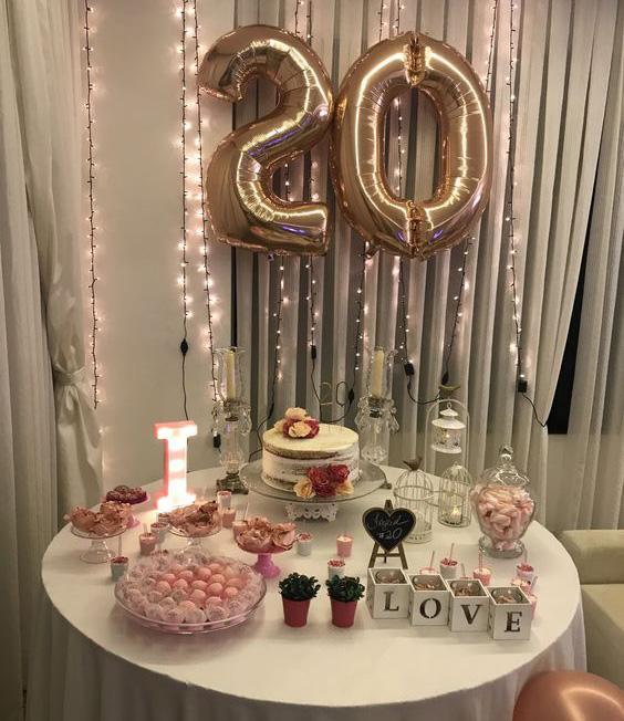 mesa de dulces cumpleaños en casa