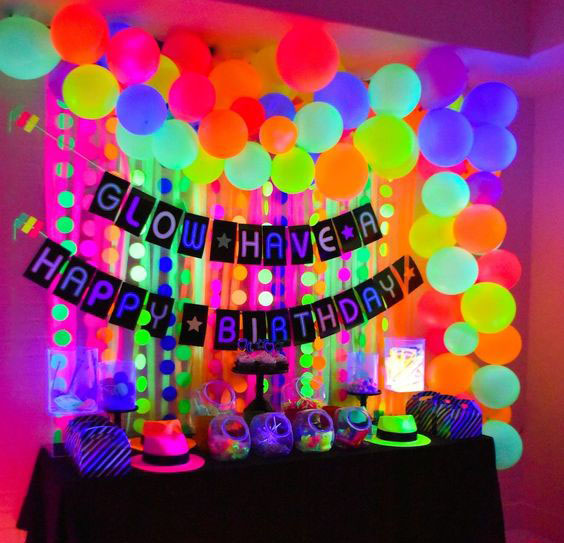 decoracion tematica neon
