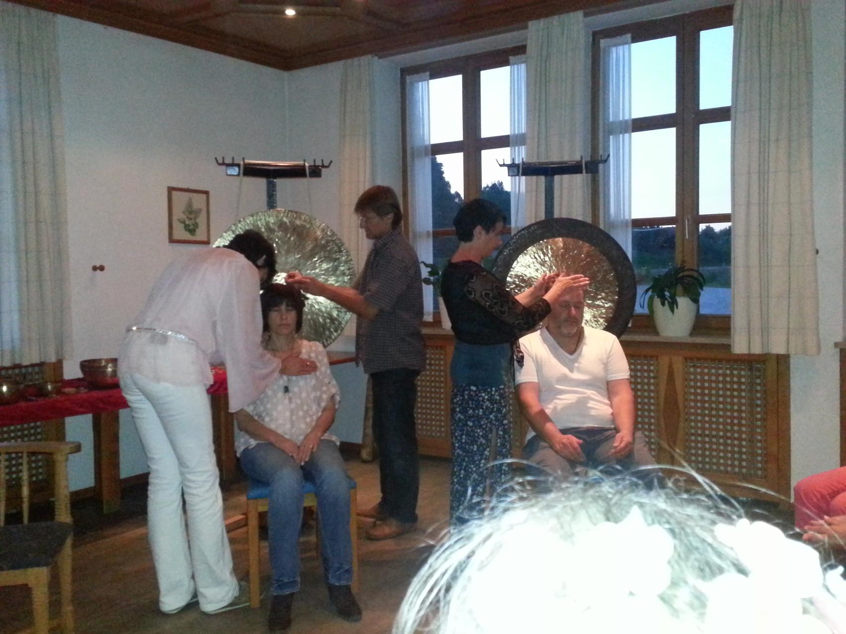 Heilerabend in Erharting mit Channeling und Klang