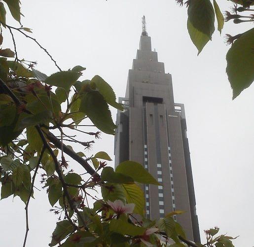 すかし、なんだな。四月も二十日だというのに寒いよ、チミぃ~。 プル((,,´Θ`,,))プル 【2012年4月20日】