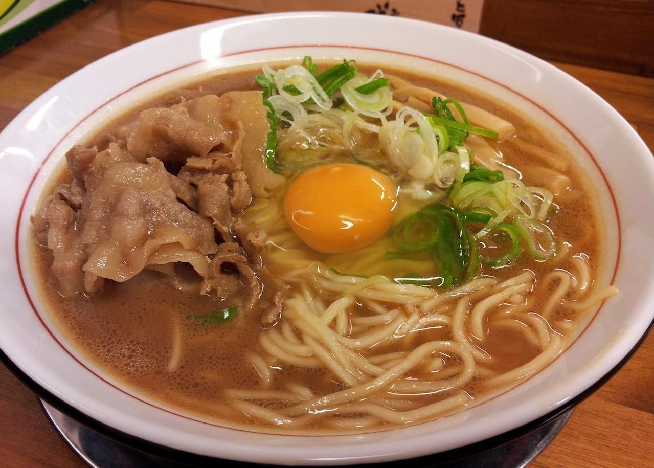 昨年の9月13日以来の徳島ラーメン・茶系でつよ。 【2014年1月9日】