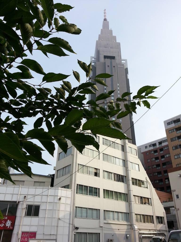 梅雨前線が日本の南に停滞ちうだそうでつ。 【2014年7月3日】