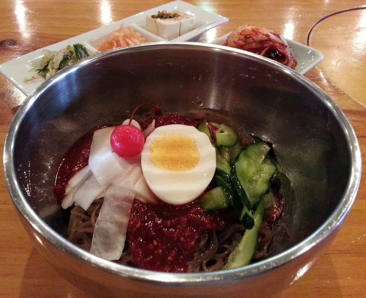ビビン冷麺にチェリーちゃんが乗る季節ニダ! 【2014年5月14日】