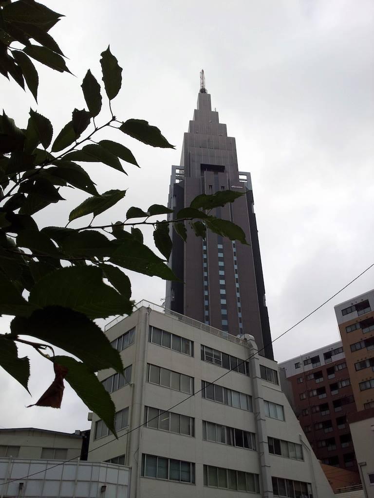 朝5時の天気予報で東京の湿度が既に90%ですた。 【2013年7月18日】