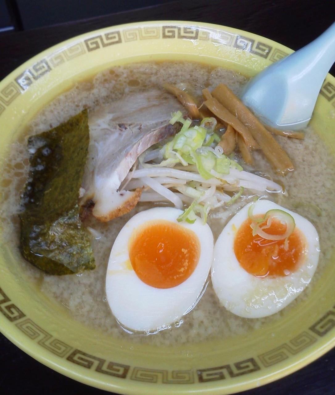今日の麺は、江川亭小金井本店の味付玉子麺だよぉ~! 昨日のゴルフ担々麺に比べると28倍はマシだよぉ~! 【2011年10月2日】