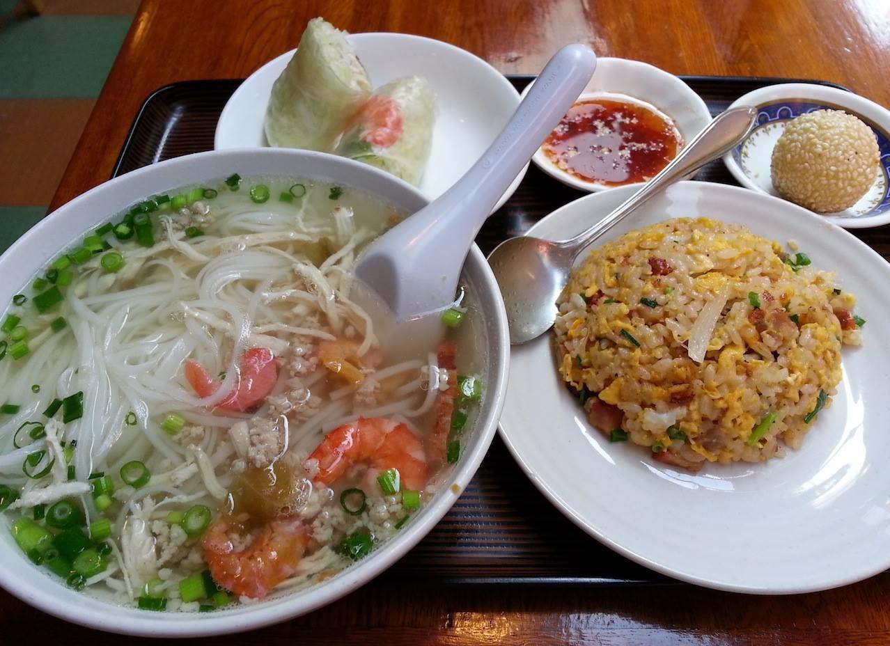 カンボジアのフォーも増税で値上げすてたフォー! 子泣き爺があまりにもしつこく、仕方がないので、おすすめのGセットにすてあげたよ、新井さん!w 【2014年4月15日】