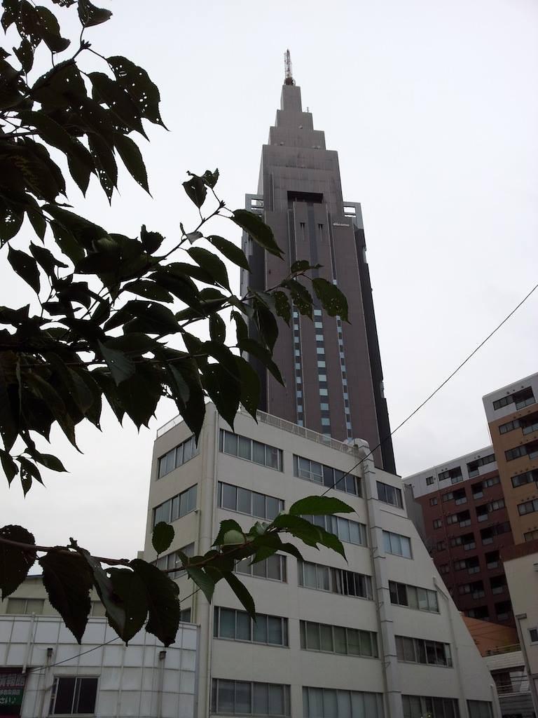 10月に入ってから日本に近づく台風の数は、27号が5個目で、観測史上最多でつって。そすて、28号の発生も確認されますたね。 【2013年10月22日】