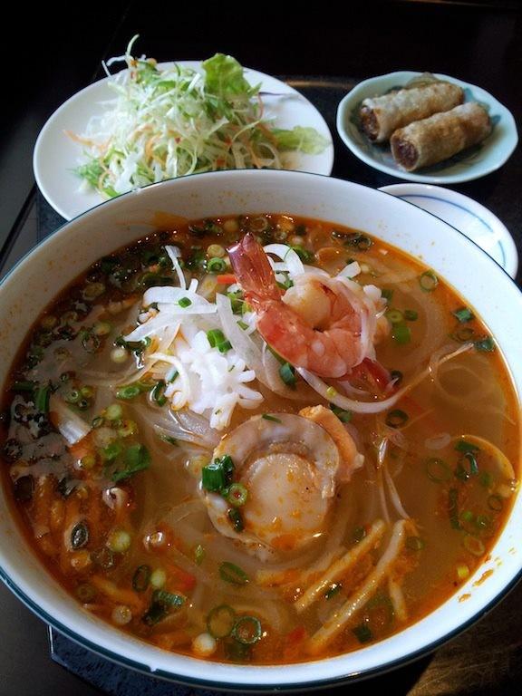 昨日の韓国に続き、今日はベトナムの海鮮フォー! 【2013年3月5日】