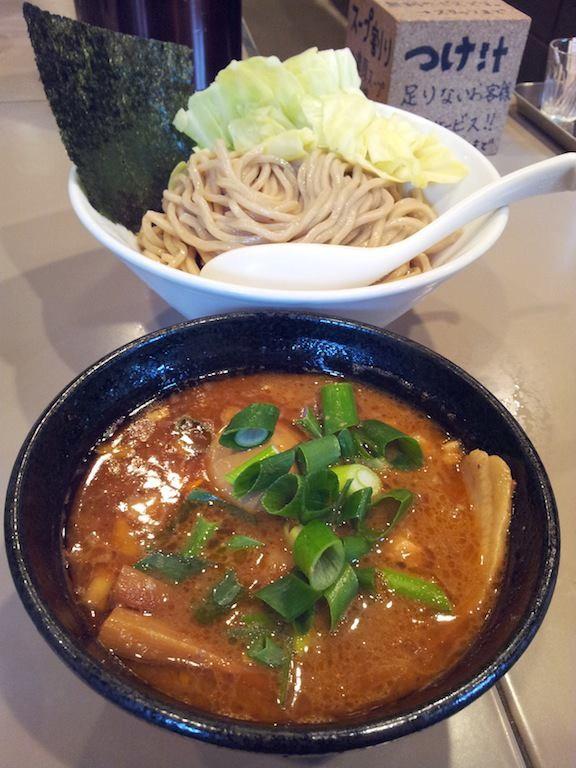 初めて行った五ノ神製作所で、海老つけ麺全部入りでつ。海老好きの人なら濃厚スープがたまらんち! 【2013年2月7日】