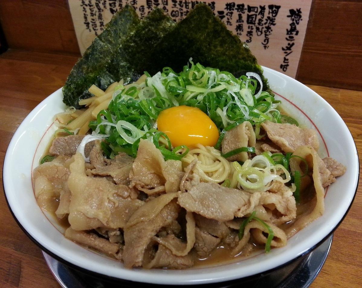 徳島ラーメンの可成家で、定番茶系増し増し! 【2014年8月15日】