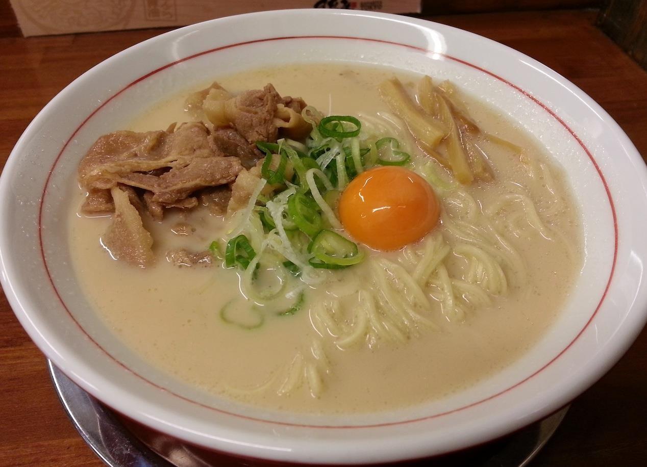 森田くんちの信平ちゃんが大好きだという徳島ラーメン、可成家の元祖白系だよ。 【2014年9月17日】