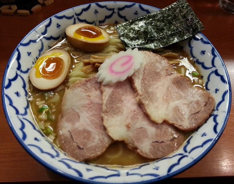 代々木エリアの一番人気店、『麺恋処 いそじ』の○得中華そばを久しぶりにいただきますた。 【2014年2月26日】