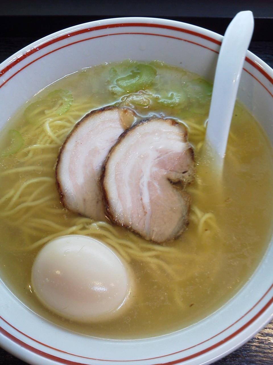 たけちゃんにぼしらーめん府中店の創作麺『鶏パイタンスペシャル』。 【2012年3月8日】※閉店
