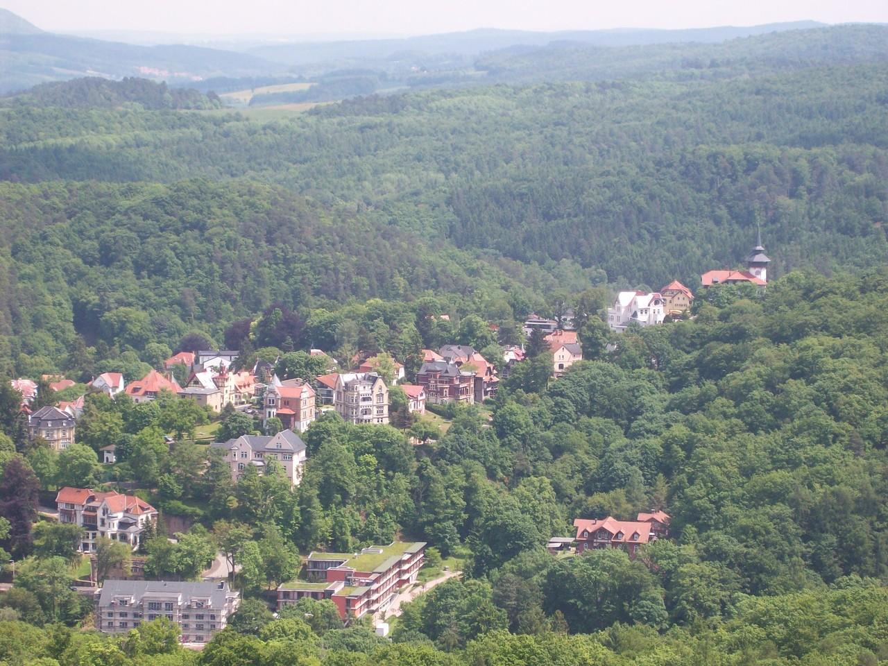 Der Blick vom Pulverturm über einen Ausläufer Eisenachs