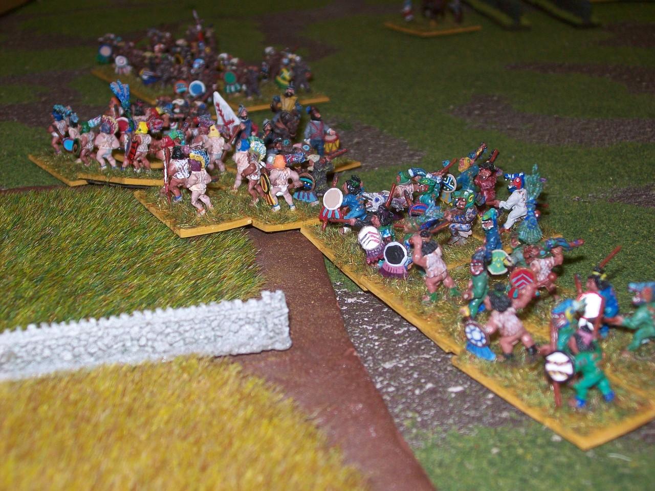 und die aztekischen Hilftruppen, die meine Spanier in nicht geringer Anzahl mitführten