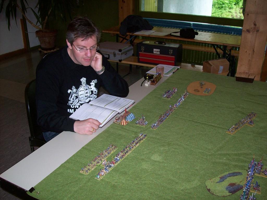 FoG: Tobias vor seinen Truppen - den bestbemalten in beiden Turnieren