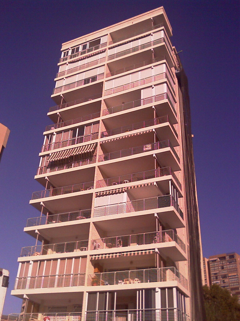 Reparación puntual de Fachada en el Edificio Niza - Benidorm