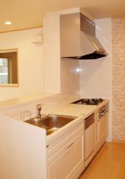 やさしく上品なイメージのキッチン。お手入れも簡単です。