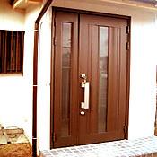 玄関を増築して間取りで吉を呼ぶ方位へ。