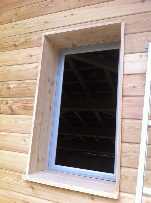 R alisation d 39 une maison ossature bois cabirol for Encadrement de porte interieur