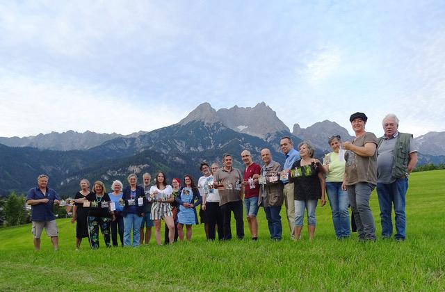sds-kuenstlerhaus Mitglieder der #kunstpflücken Aktion