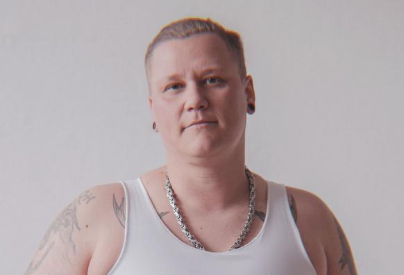 Das ist Chris. Chris ist trans.