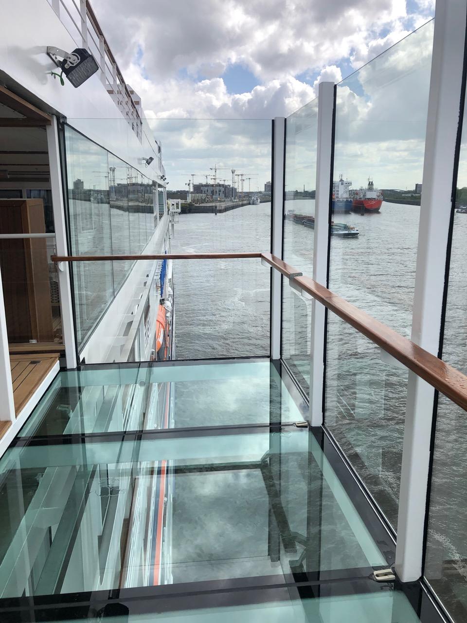 Ausfahrbare gläserne Balkone