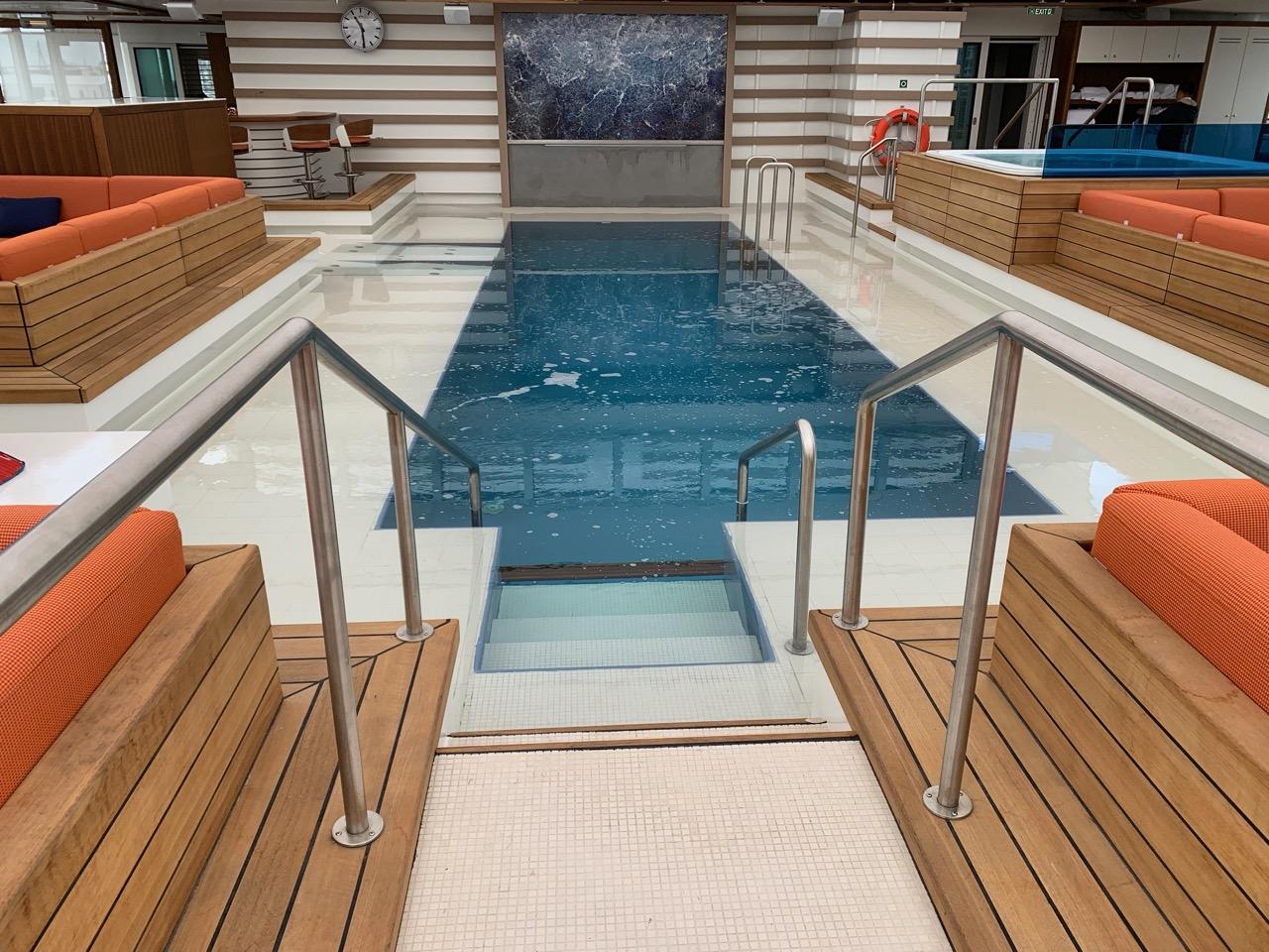 Pool mit Gegenstromanlage 28 Grad