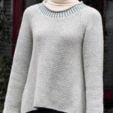 2色使いのAラインセーター