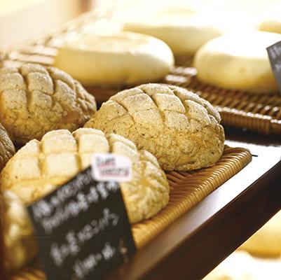 程よい甘さのメロンパンは、外はサクサク中はしっとり。/さくさくメロンパン