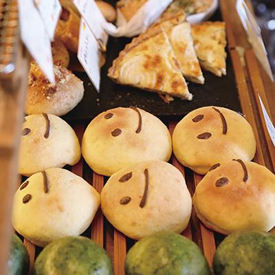 「パンで日々に小さな幸せを」 店主の思いが詰まったパンが店頭にズラリ!!